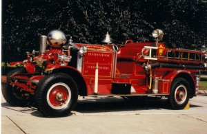 010 1922_Ahrens-Fox_Model_RK4_Pumper