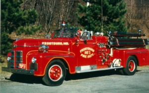 015 1949 Ahrens-Fox_Pumper