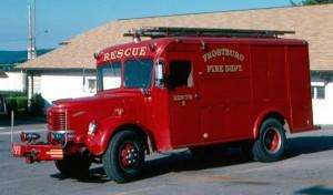 022 1953_Reo_Rescue
