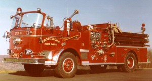 027 960_Seagrave_Pumper_(Engine_3)