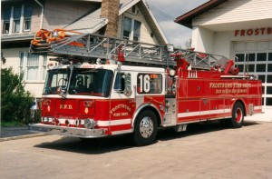 030 1981 Seagrave_LoPro_RM_110'_Aerial